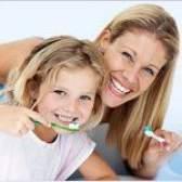 Як правильно чистити зуби дитині?