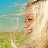 Фарбуємо волосся ромашкою. Рецепти фарбувальних засобів