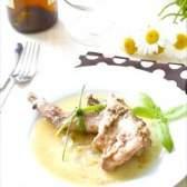Кролик, маринований в соєвому соусі з травами - рецепт