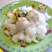 Курячі фрикадельки, запечені під вершковим соусом (покроковий рецепт з фото)