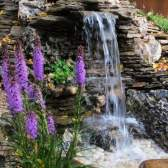 Облаштовуємо водоспад в саду