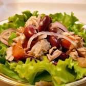 Салат квасолевий з горіхами
