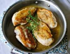 Як приготувати куряче філе на сковороді, щоб воно не було сухим?