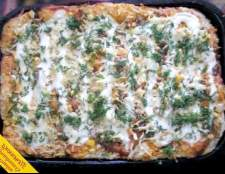 Піца на дріжджовому тесті (покроковий рецепт з фото)