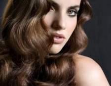 Догляд за волоссям комбінованого типу